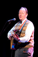 Colorful Troubadour: Livingston Taylor at The Cabot